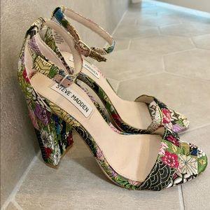 Floral Steve Madden heels